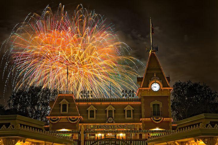 Disneyland - Magical First night???