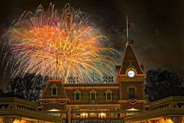 Disneyland - Magical First night???