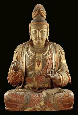 Guanyin. Sung Dynasty, China. Wood, gesso, mineral pigments, and gold. The last great moment in Chinese Buddhist wooden sculpture occurred in the late Sung period, in the 12th and 13th centuries. © Minneapolis Institute of Arts