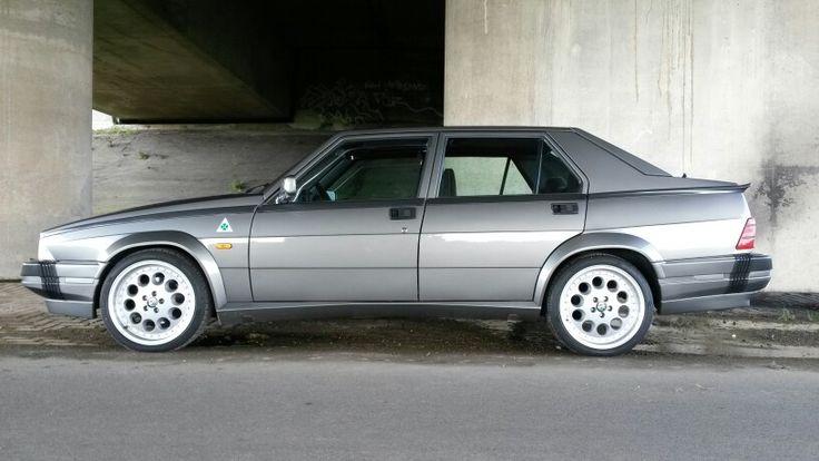 Alfa Romeo 75 V6 QV