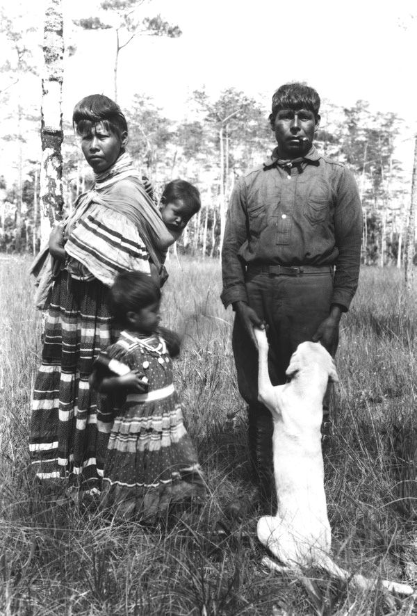 Seminole Josie Billie with his family and dog (1921). | Florida Memory