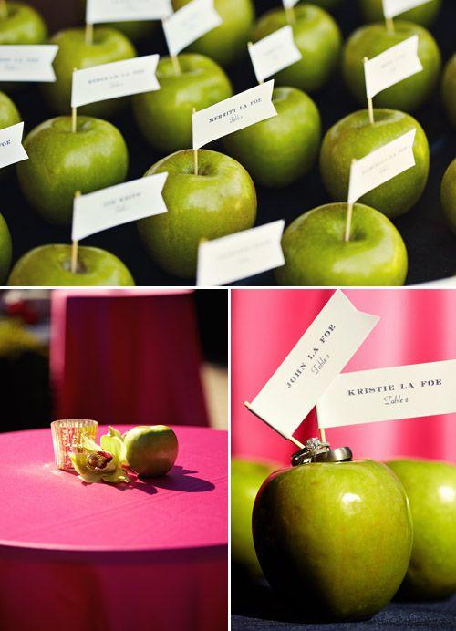 Green apples as wedding decor. Fiore Blossoms via Fiore fresco; photos by Sarah Rhoads Photography: Escort Cards, Green Apples, Name Cards, Apples Places Cards Sets, Red Apples, Wedding Place Cards, Places Cards Holders, Fior Blossoms, Wedding Places Cards