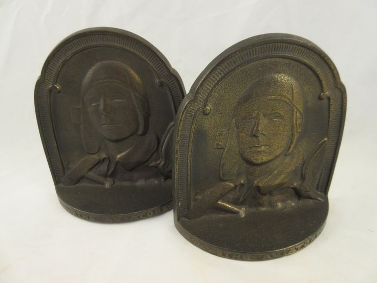 Connecticut Foundry COPR 1929 The Aviator Charles Lindbergh Cast Iron Bookends