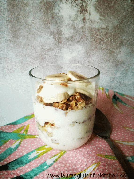 Gluten free banana parfait --- I love that these parfaits are packed with protein and fresh fruit that fills me up until lunch time or as a afternoon snack to get me through the rest of the day.