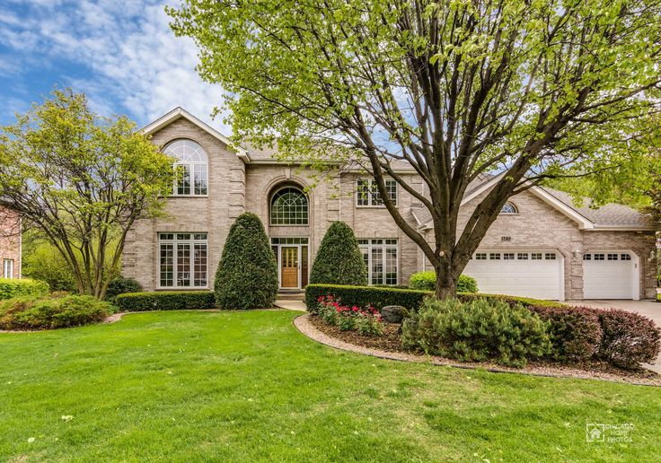 Custom built two story on a premium cul de sac lot in the prestigious Darien Club! Quality construction with full brick on all sides. Striking two story Foyer and dramatic staircase. Living Room and Dining Rooms have arched doorways and tray ceilings with white crown molding. Dramatic Two Story Family Room has a gorgeous floor to ceiling brick Fireplace. Open Floor Plan with Breakfast Room that has a triple sliding glass door w/transom that opens to the deck. Gourmet Kitchen with granite…