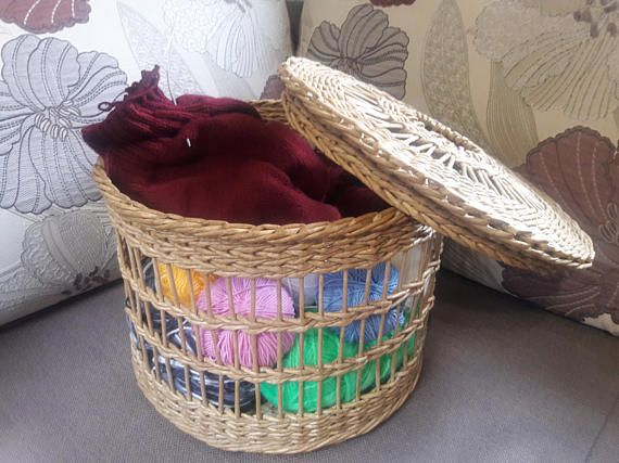 Summer party Wicker storage basket for knitting Eco-friendly Needlework Handwoven basket with Lid