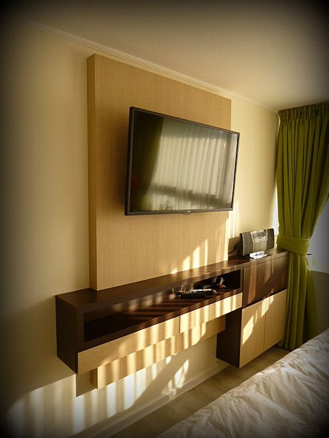 21 best images about televisor pared on pinterest wall - Panel madera pared ...
