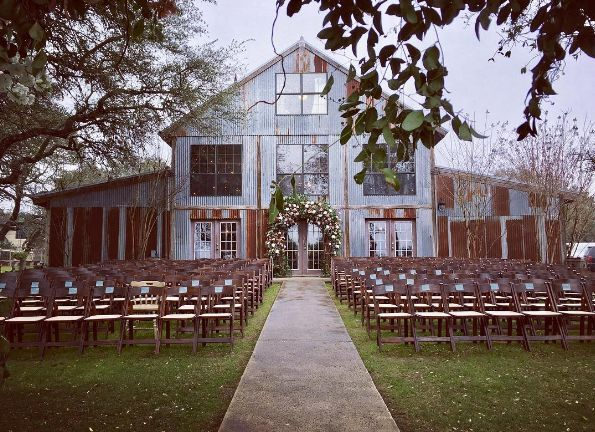 30 Romantic Texas Spots to Have an Outdoor Wedding - San Antonio Current Slideshows