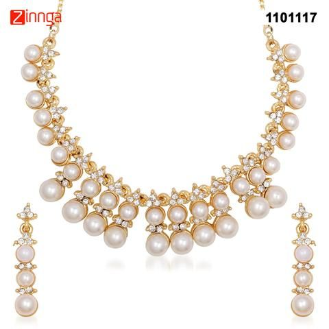 KRIAA-Women's Beautiful White Color Necklace Set