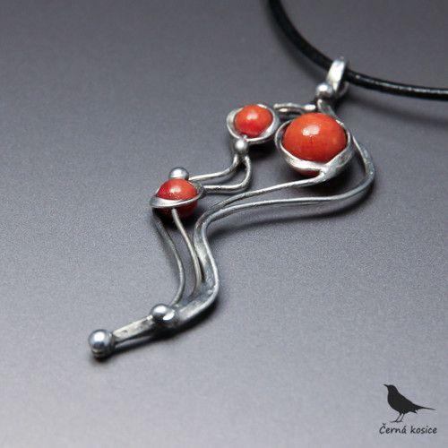 My tři (Korál) - náhrdelník