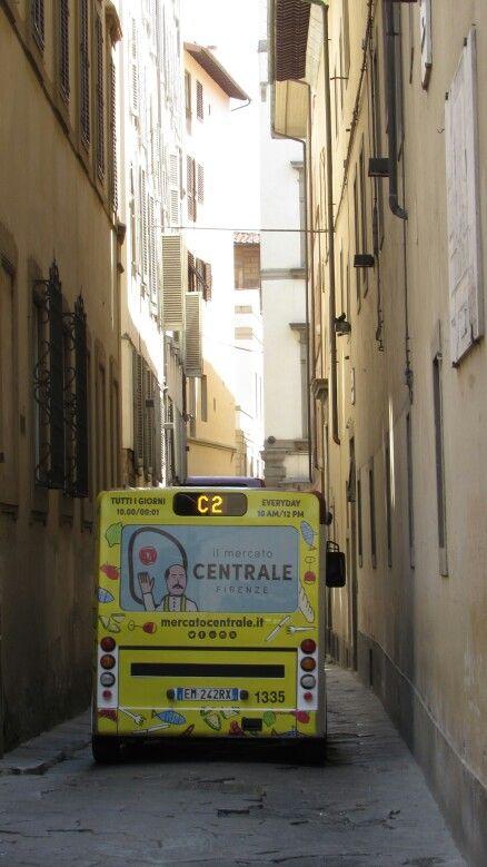 Firenze, Via Santa Margherita Piccolo autobus