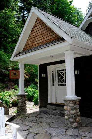 Stone and cedar cape home pictures joy studio design for Cottage siding