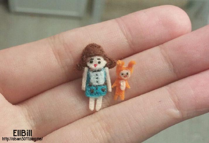 ●EllBill Miniature Felt craft_A very small person ●Creator: EllBill (KimMinju) ●blog: alswn3011.blog.me/ ●E-mail: alswn3011@naver.com