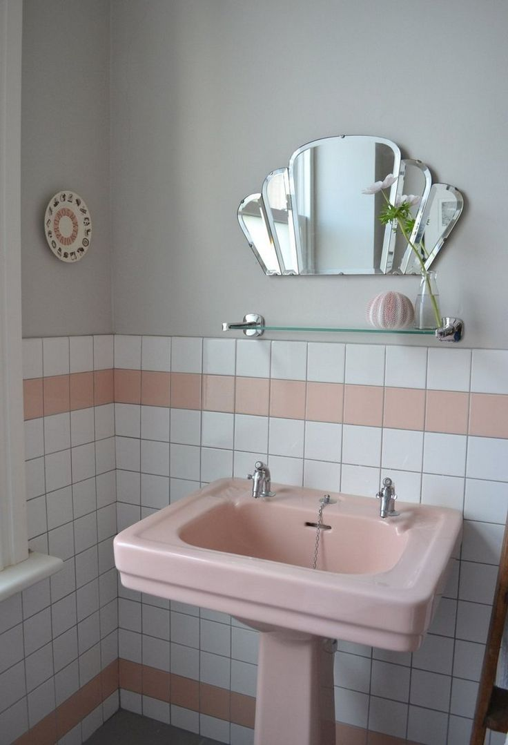 Best 25 art deco bathroom ideas on pinterest art deco home art deco decor and art deco - Deco in het toilet ...