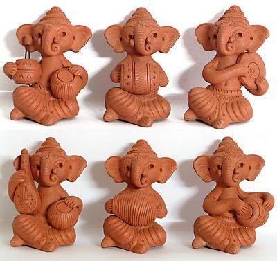 Musical Ganeshas made of clay