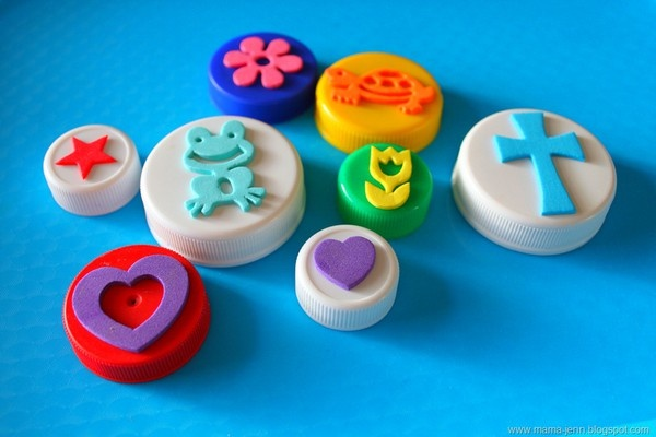 Make your own stamps with bottle caps + foam stickers