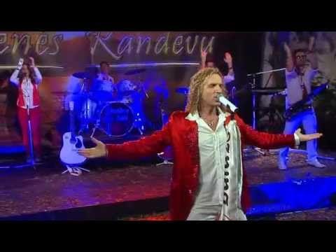 Balázs Pali -  A titkom, hogy imádlak rég ( Zenés Randevú 2013 )