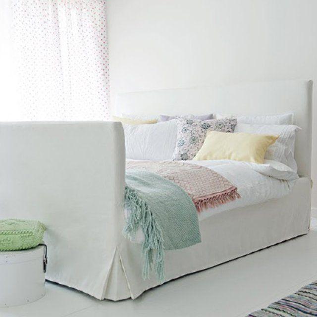 14 cache-sommiers pour relooker votre lit IKEA : Lit entre simplicité et élégance