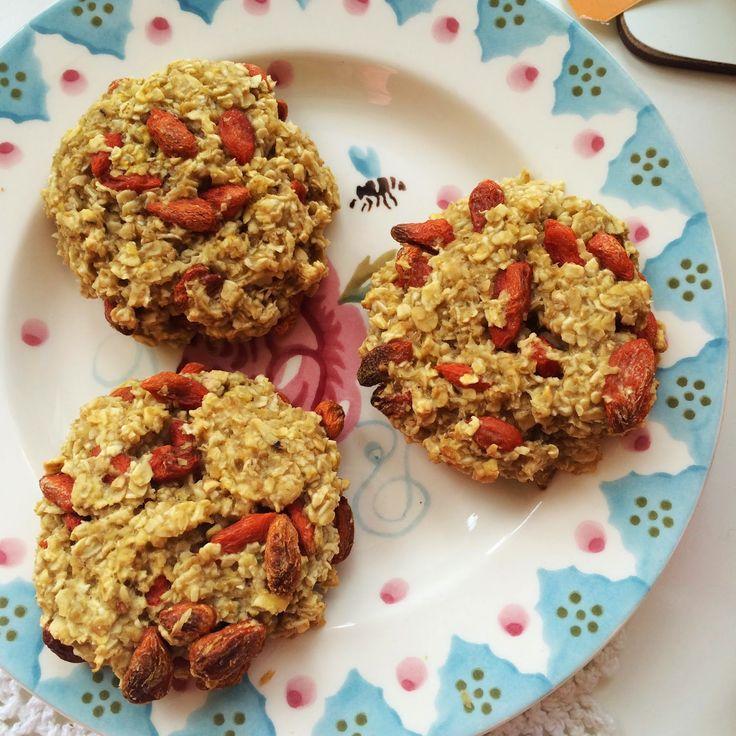 Naturally Meghan : Goji Berry Oatmeal Cookies