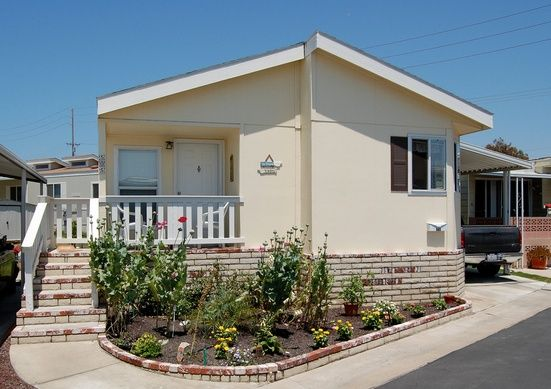 Get 14 mobile home exterior makeover ideas to give your home a fresh new look! Plus get lots of visual inspiration with 30 photos of mobile home exteriors.