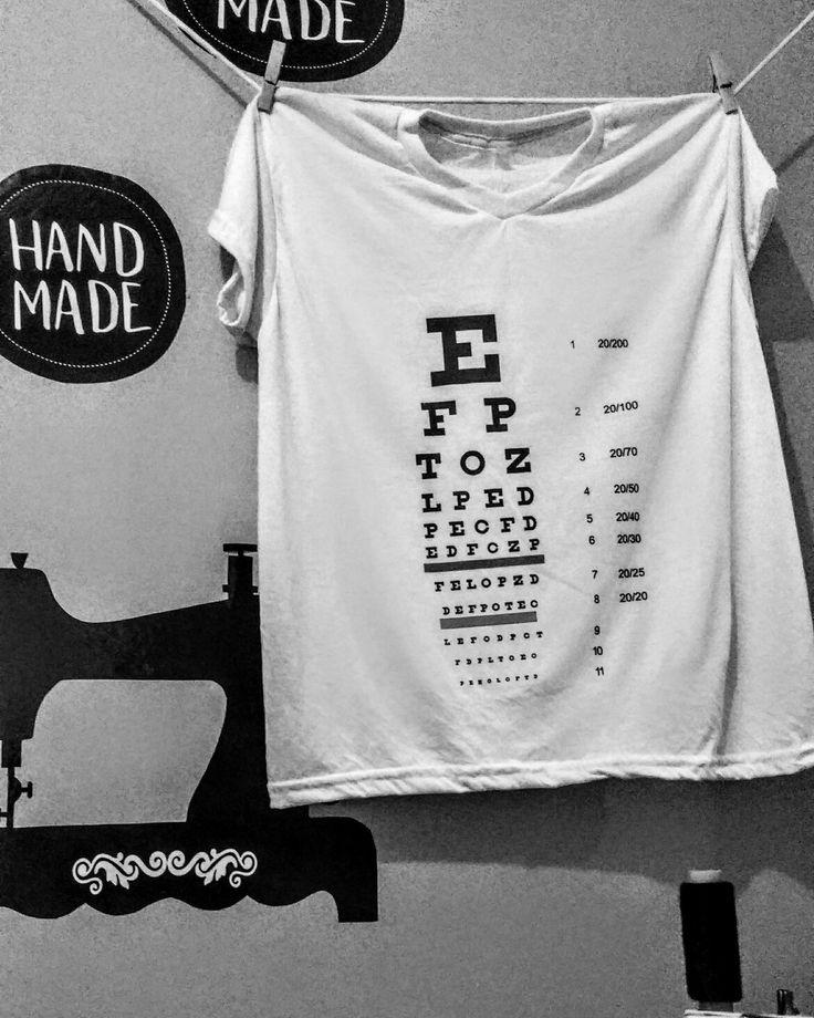Las camisetas personalizadas son la prenda ideal para enseñar al mundo el mensaje que quieres dar. Escribe el mensaje que desees, con el diseño que prefieras. #DreWeaving  Envíos a nivel nacional WhatsApp 📲 3043370188