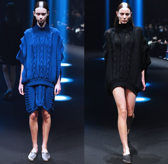 Motohiro Tanji 2015-2016 Fall Autumn Winter Womens Runway Catwalk Looks - Mercedes-Benz Fashion Week Tokyo Japan - Chunky Knit Sweater Skirt Dress Ruffles Wrap Cardigan Jumper Frock Ribbed Sweaterdress Tiered Weave Pleats Outerwear Coat Low V-Neck Hoodie Scarf Shawl Pants