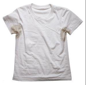 Como remover manchas da roupa