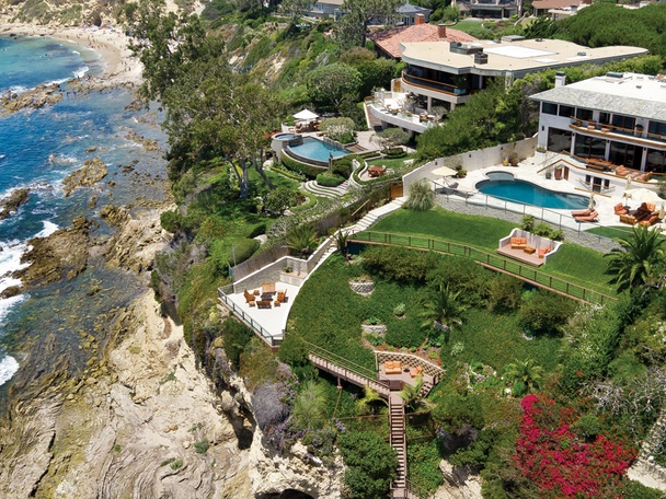 This soft contemporary home graces the most sought-after front-row lot in Shore Cliffs, with amenities and views rivaling those of most exclusive seaside resorts. Designed to maximize the spectacular panoramic vistas - crashing whitewater, the coastline, Catalina Island & its ideal southwestern exposure, the residence features walls of glass and large-scale rooms that extend effortlessly from one to the next. Also featured are 3 levels of decadent outdoor living, including: a pool level for…