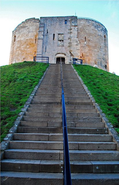Clifford's Tower, York Castle, York, North Yorkshire, England, UK. Really wish America had castles just chilling.
