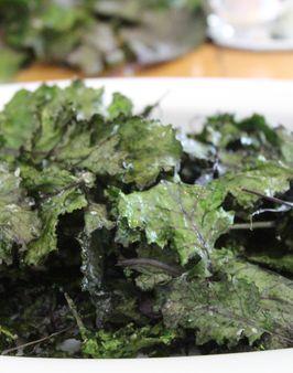 PICCO®-KALE CHIPS -    Zutaten für 4 Personen:  150g Picco®-Kale,  1 TL Olivenöl,  etwas Salz.  Hier geht's zur Zubereitung: http://behr-ag.com/de/unsere-rezepte/rezeptdetail/recipe/piccoR-kale-chips.html