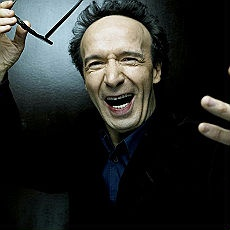 Roberto Benigni... Very made in Italy