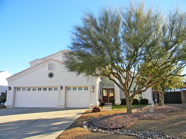 3/3/17. 4BR + loft, 3BA/3CG, pool & spa. Quartz counter tops, Travertine backsplash, stainless appliances, cherry cabinets, gas FP, tons of storage. Meticulously kept back yard w/RV space & gate. Beautiful mtn view. 2900 s/f. $339,900. Call Alicia Guerrero, 520-227-3532, or email Alicia@AliciaGuerrero.com. Tierra Antigua Realty. Direct MLS link at www.AZrealestatepress.com. Get more info on page 35 of the current REP.