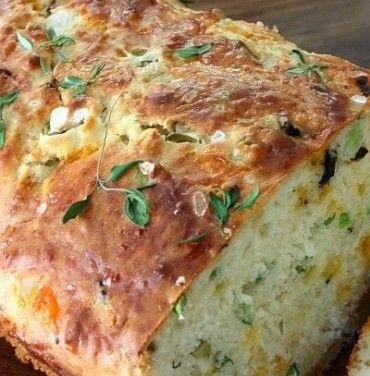 Pão de Ervas, Queijo, Azeitonas e Buttermilk