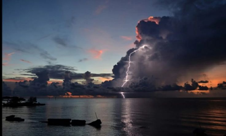 Lightning Strike Florida
