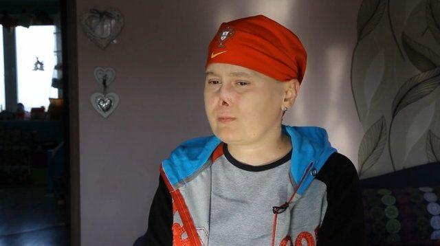 Aneta Zatwarnicka - straciła ręce i nogi przez toczeń