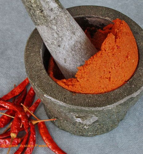 how to cook thai red curry paste