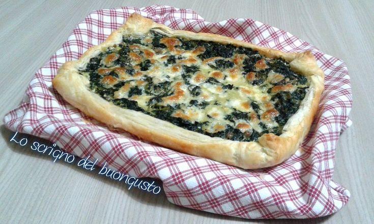 TORTA SALATA CICORIA E SALSICCIA   https://loscrignodelbuongusto.altervista.org/torta-salata-cicoria-e-salsiccia/  #tortasalata #cicoria #salsiccia #cucina #pizza #ricette #Food #Cooking