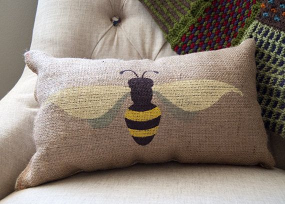 Hand Screen Printed Burlap Bumble Bee Pillow by JaylinnDesign, $30.00. Could make this.
