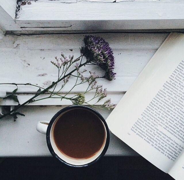 coffee and a book  ada tatilleri ☺