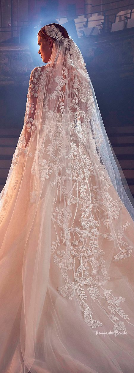 Elie Saab Bridal Fall 2018 #weddinggown #eliesaabbride #fall18