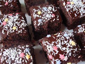 Himmelske kager: Chokoladekage med kaffeglasur + udtrækning af vinder af Cupcake Heaven