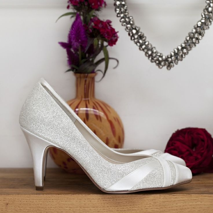 wide wedding shoes 17 best images about beautiful wide fitting wedding shoes 1406