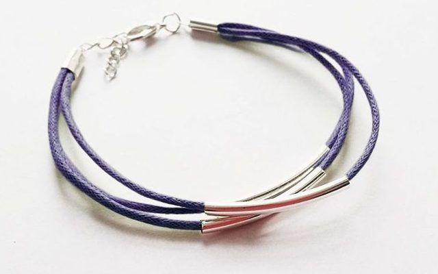 Tutoriel DIY: Faire un bracelet de perles tubes et cordons via DaWanda.com
