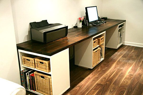 DIY Desk. Creatively organized home office boosts your mood and make you more productive. http://hative.com/creative-home-office-organizing-ideas/