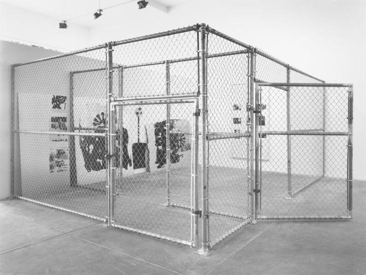 Cady Noland - Galerie Max Hetzler