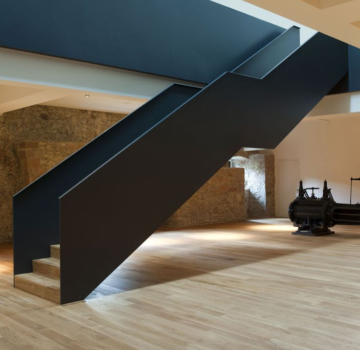 Stair at the Museum Rüsselsheim by Heinrich Böll Architekt