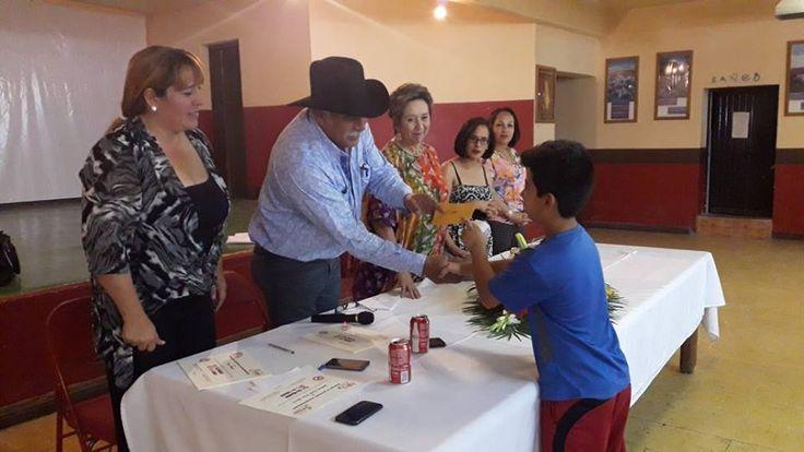 El día de ayer, en el marco del 'Día Mundial sin Tabaco', el DIF en coordinación con el gobierno municipal, llevó a cabo el concurso de dibujo...