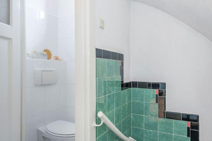 17 best images about jaren 30 tegels on pinterest toilets art deco bedroom and de stijl - Deco in het toilet ...