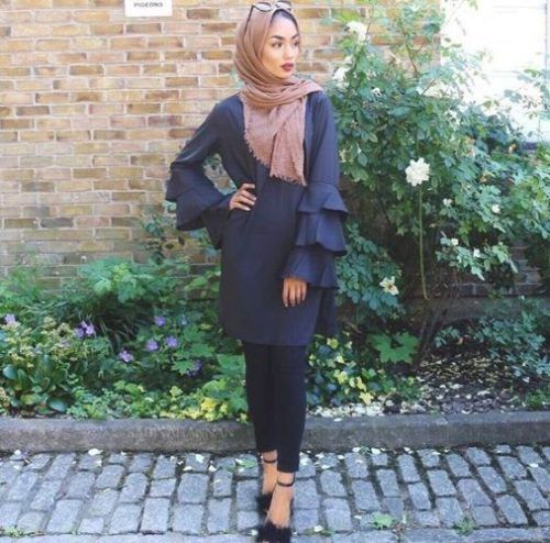Ruffle blouse-How to wear cute hijab in Ramadan – Just Trendy Girls