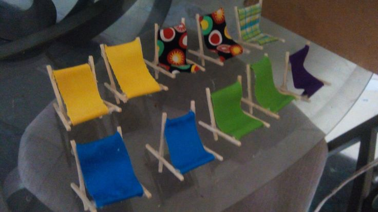 Mini sillas playeras